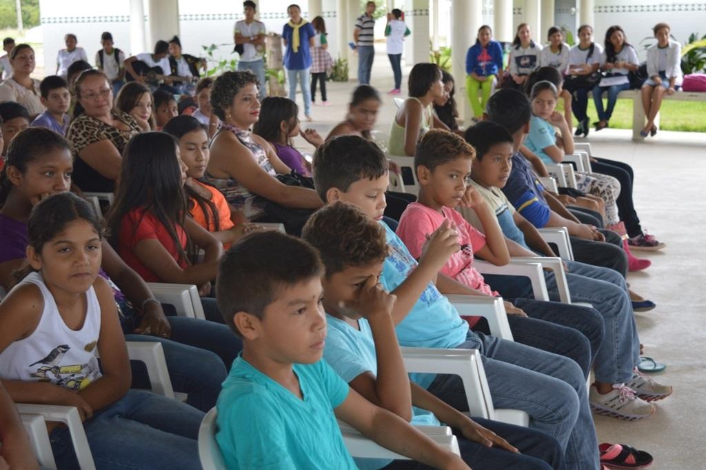 Crian�as participam de Trilha na Fazendinha do Campus Amajari.